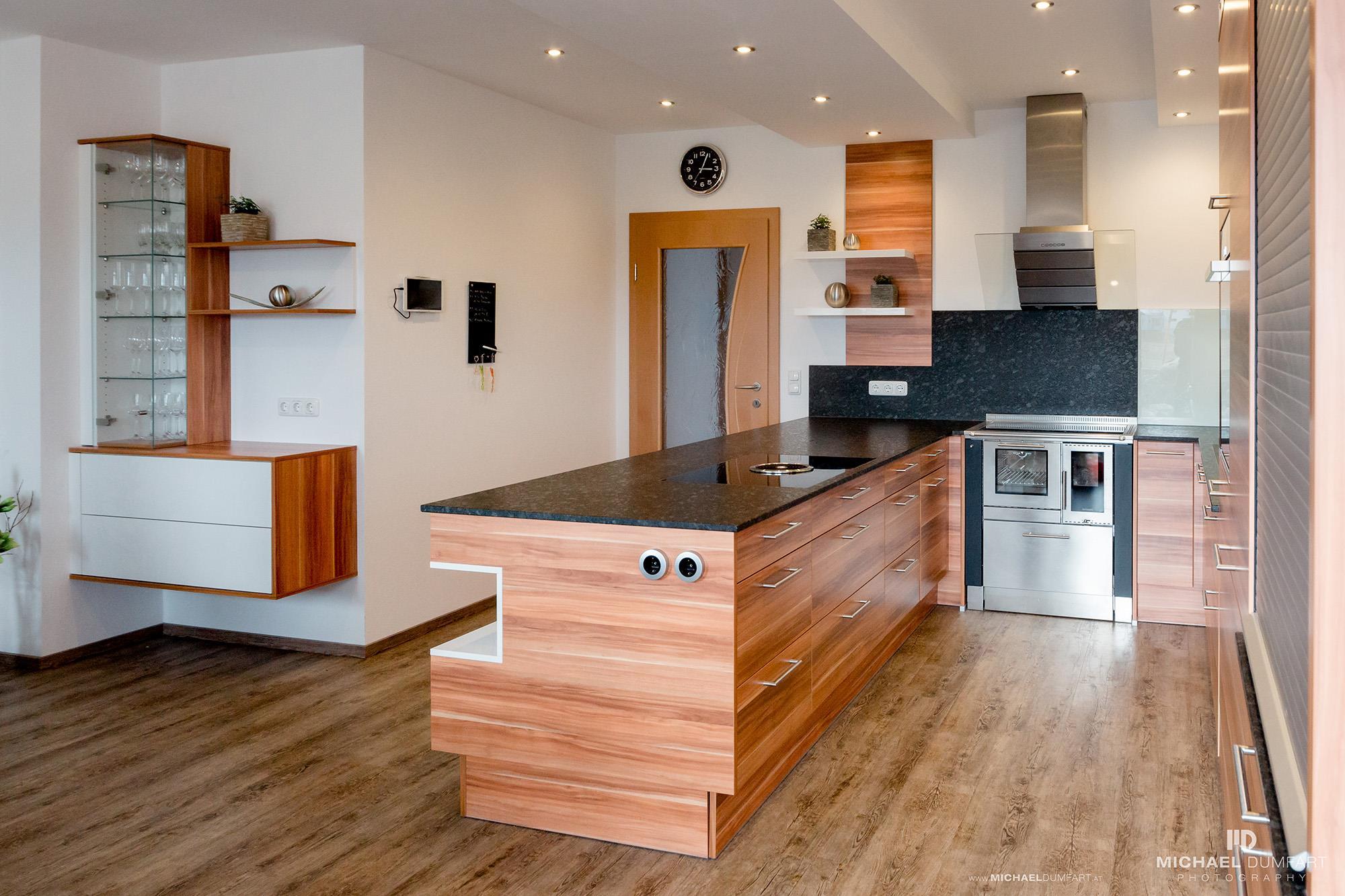 maßgeschneiderte Küchenmöbel